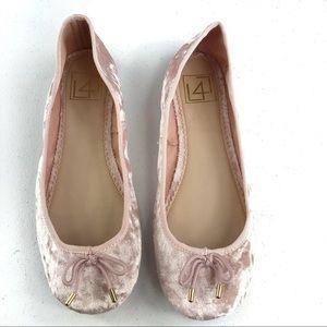 Shoes - L4 Ballet Pink Shoes Size 7.5M